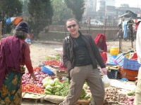 alain  yoga marché népal